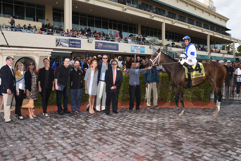 Take Charge Paula wins the 2018 Forward Gal<br /> Coglianese Photos