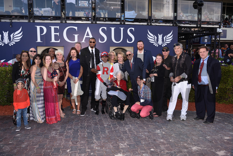 Oscar Nominated wins the 2018 W. L. McKnight Handicap<br /> Coglianese Photos