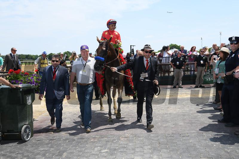 Abel Tasman wins 2018 Ogden Phipps Stakes under jockey Mike Smith at Belmont Park June 9, 2018. Photo: Coglianese Photos