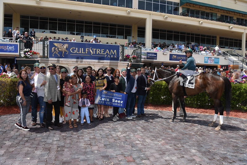 Figarella's Queen wins the 2018 Sanibel Island Stakes<br /> Coglianese Photos