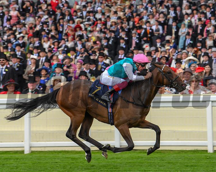 Calyx and jockey Frankie Dettori win the G2 Coventry Stakes, Royal Ascot, Ascot UK, June 19, 2018. Photo: Mathea Kelley