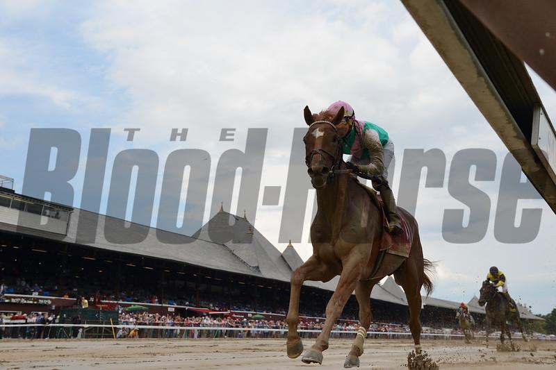 Hofburg wins the 2018 Curlin Stakes<br /> Coglianese Photos/Chelsea Durand