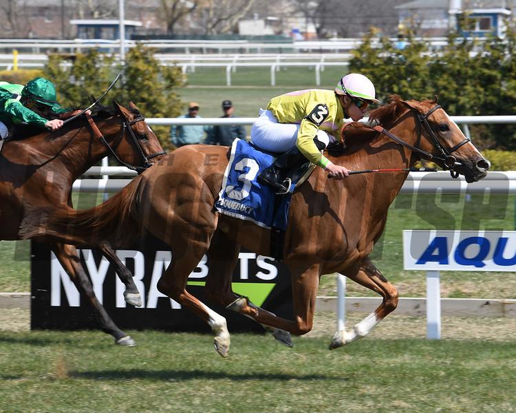 Uni wins the 2018 Plenty of Grace Stakes<br /> Coglianese Photos/Viola Jasko