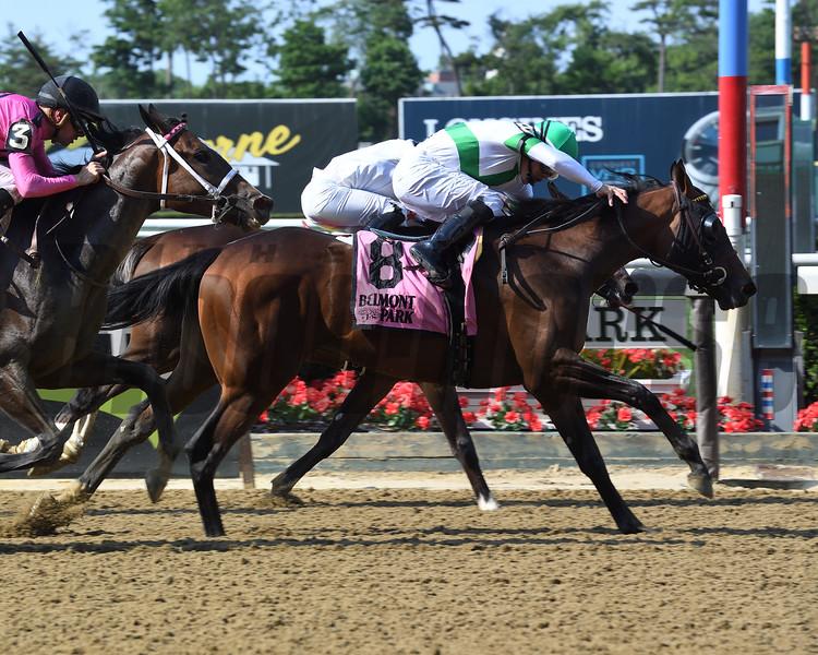 Athens Queen wins the 2018 Astoria Stakes<br /> Coglianese Photos