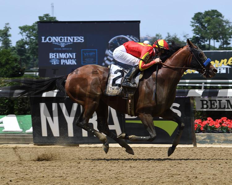 Hoppertunity wins 2018 Brooklyn Invitational Stakes at Belmont Park June 9, 2018. Photo: Coglianese Photo/Viola Jasko