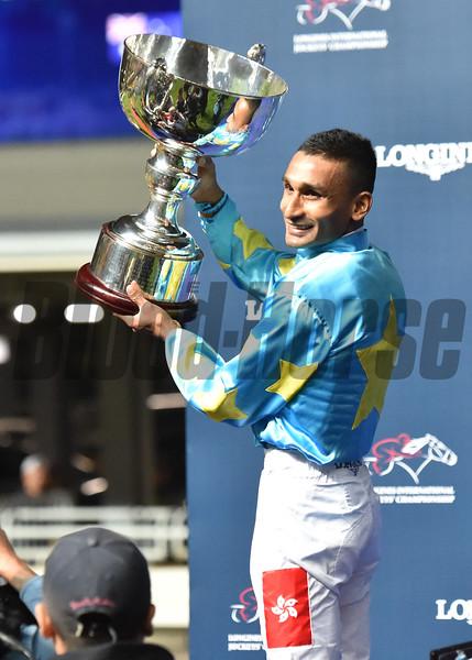 Karis Teetan wins the 2019 LONGINES International Jockeys' Championship<br /> Photo: Katsumi Saito
