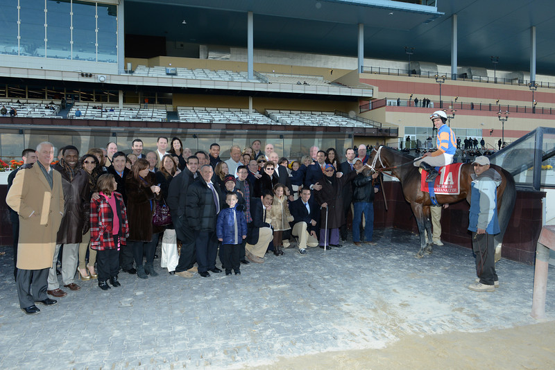 Overanalyze wins the 2012 Remsen.<br /> Coglianese Photos