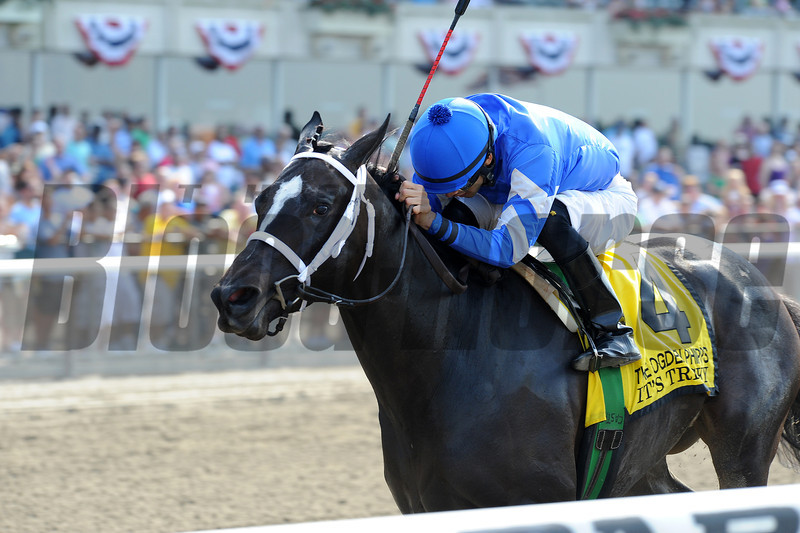 It's Tricky wins the Ogden Phipps Hanidcap<br /> <br /> Photo by Coglianese Photos