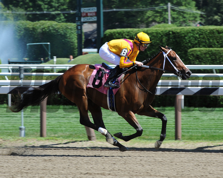 Teen Pauline, Maiden win, July 25, 2012.<br /> Coglianese Photos