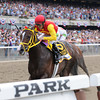 Trinniberg wins the 2012 Woody Stephens.<br /> Coglianese Photos