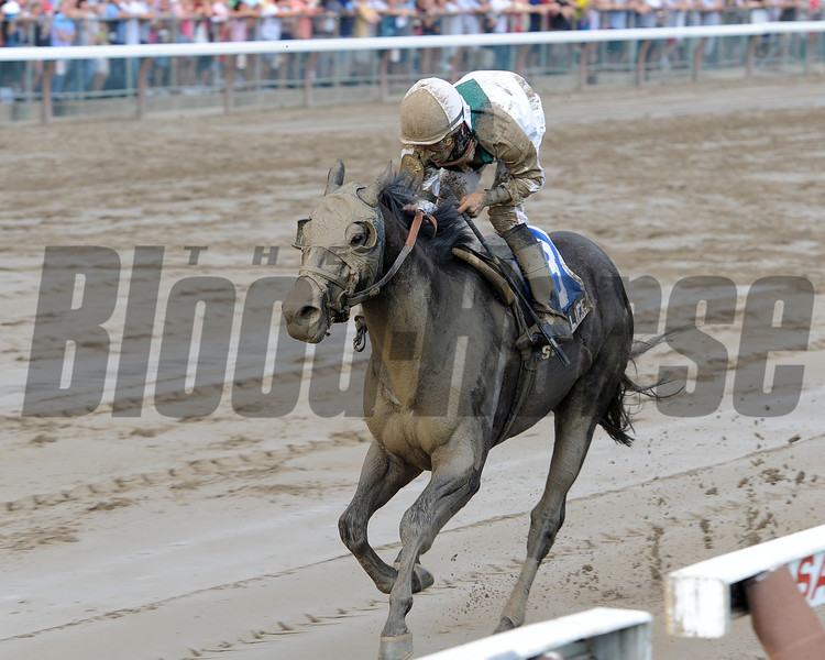 Street Life wins the 2012 Curlin Stakes.<br /> Coglianese Photos