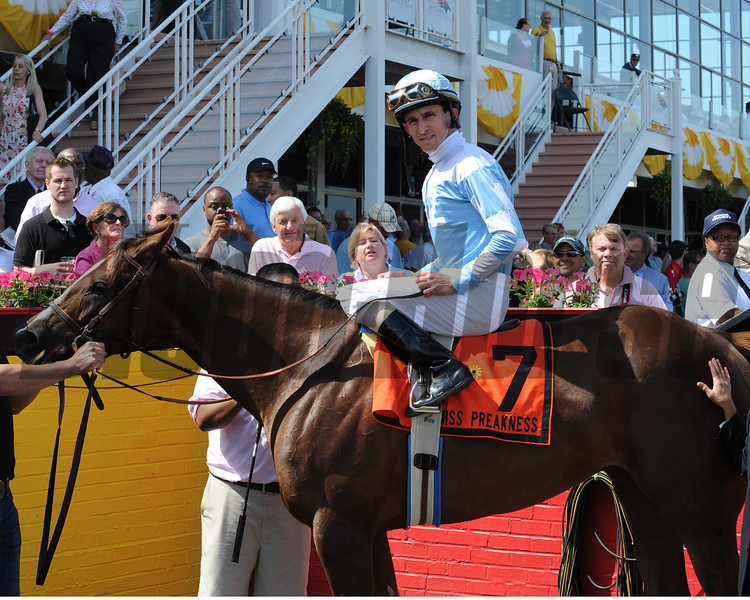 Agave Kiss wins the 2012 Miss Preakness<br /> Photo by Dave Harmon