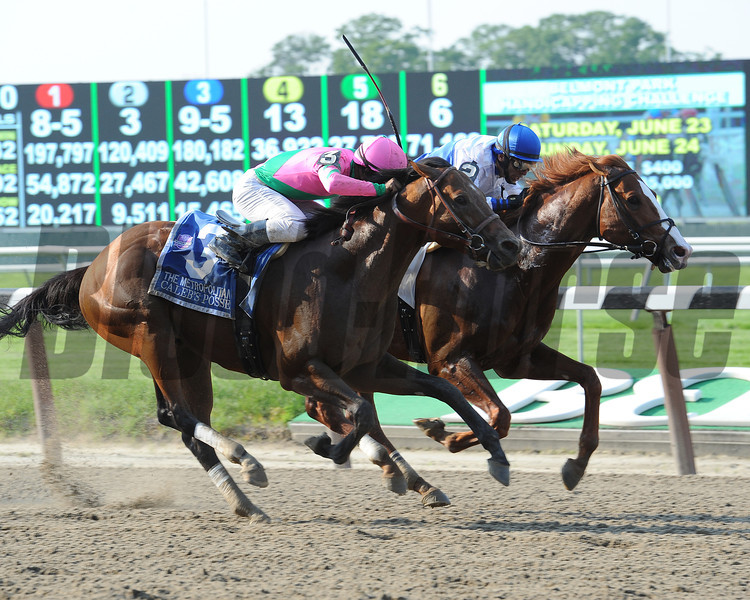 Shackleford beats Caleb's Posse by a nose in the Met Mile.<br /> <br /> Photo by Coglianese Photos