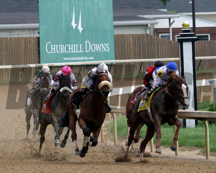 Shackleford w/Jesus Castanon up wins the 78th Running of the Churchill Downs at Churchill Downs on May 5, 2012.<br /> Photo by Chad Harmon.