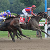 Willy Beamin wins the 2012 King's Bishop.<br /> Coglianese Photos