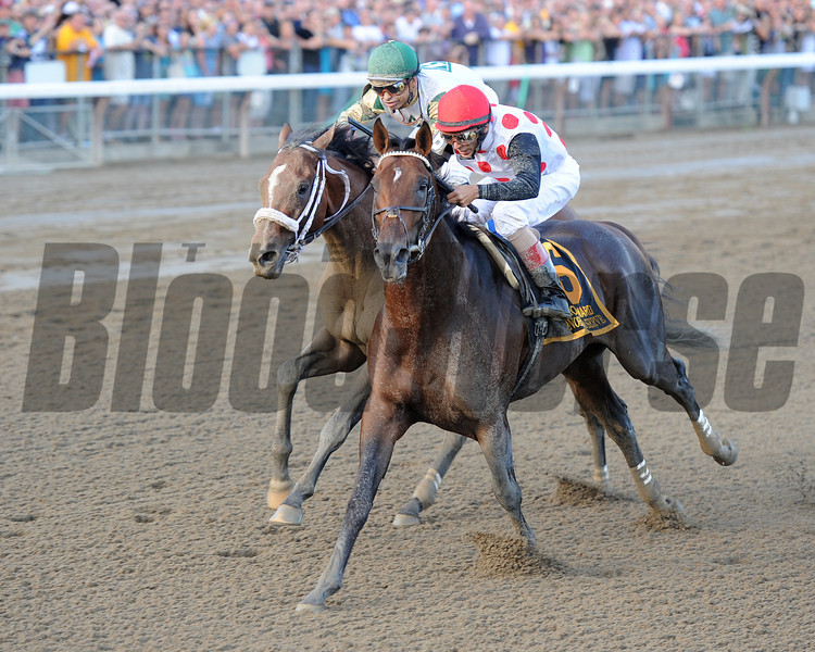To Honor and Serve wins the 2012 Woodward Stakes.<br /> Coglianese Photos