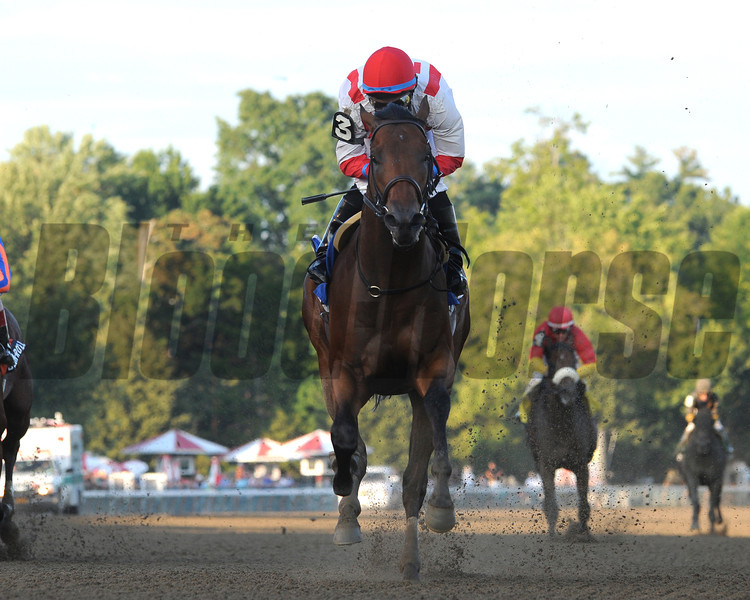 Spurious Precision wins the Saratoga Special.<br /> Photo by Coglianese Photos