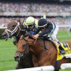 Desert Blanc outfinishes Papaw Bodie to capture the Woodford Reserve Manhattan.<br /> Coglianese Photos