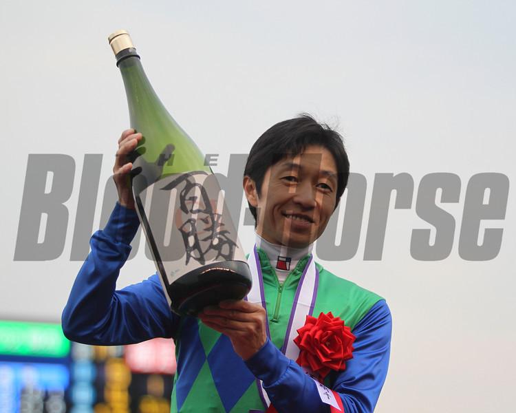 Yutaka Take became Japan's first jockey to win 100 grade or group I races!<br /> Masakazu Takahashi