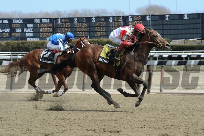 Battier wins the 2013 Fit to Fight Stakes.<br /> Coglianese Photos