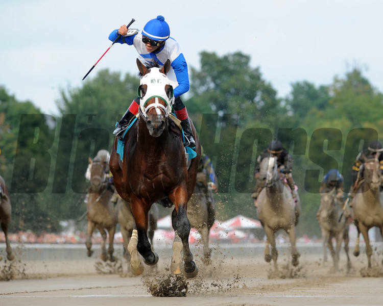 Robert Baker and William Mack's Strong Mandate turned in a dominant performance in the $300,000 Hopeful Stakes (gr. I) at Saratoga Race Course, winning by 9 3/4 lengths for Hall of Fame trainer D. Wayne Lukas on the renowned horseman's 78th birthday Sept. 2 at the Spa. <br /> Coglianese Photos
