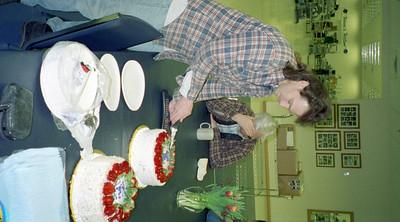 2001-2-5 ~ 3-17 Furniture-Cake Family Raffle0013