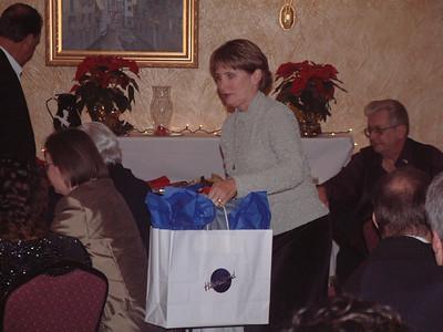 2004-12-4 Heartland Christmas Party-Hotel Baker 00043
