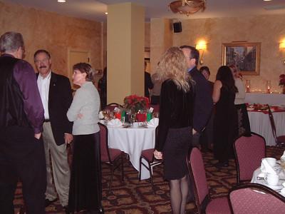 2004-12-4 Heartland Christmas Party-Hotel Baker 00004