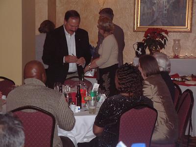 2004-12-4 Heartland Christmas Party-Hotel Baker 00044