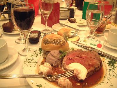2004-12-4 Heartland Christmas Party-Hotel Baker 00024