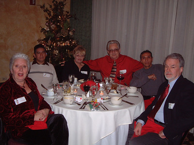 2006-12-2 HCE Christmas Party 00008