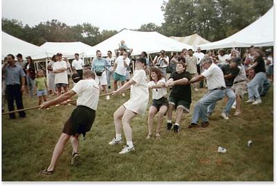 1999-8-7 06 Tug-o-War