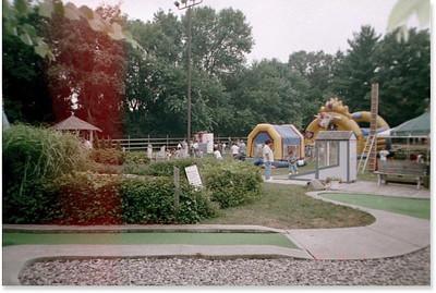 1999-8-7 21 Miniture Golf