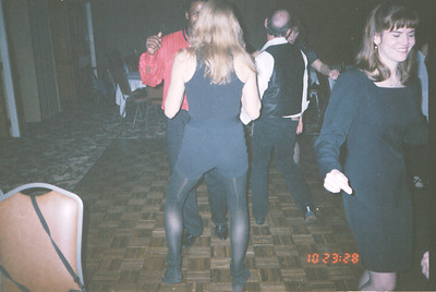 1999-12-10 14 Panaparty. Rose Dance