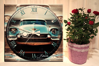 Hand made design wall clock
