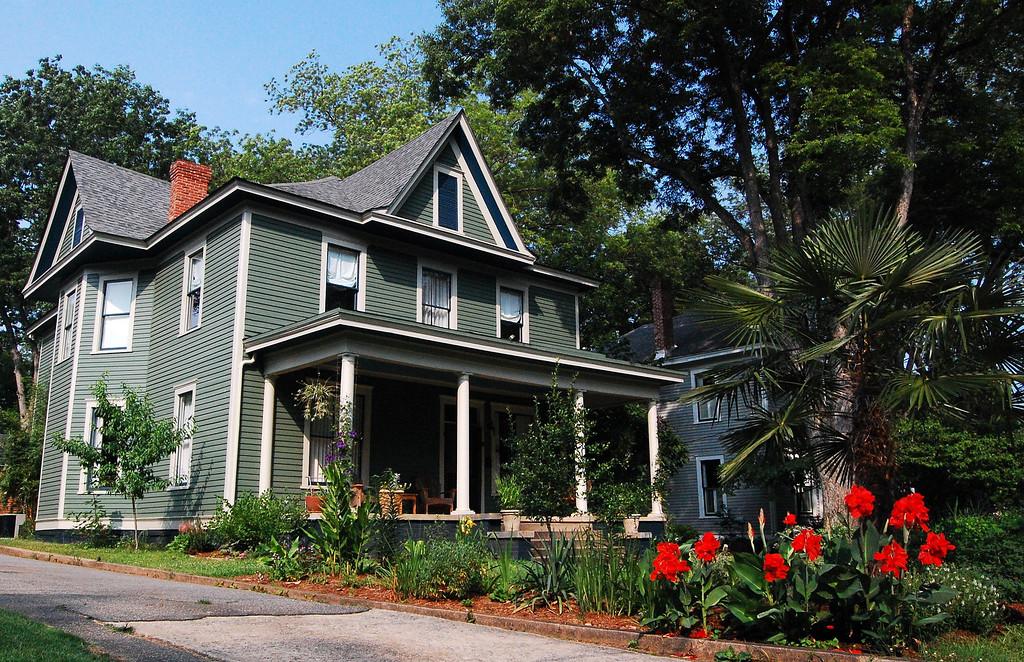 Historic Cobbham District, Athens, GA (Clarke County). 2007