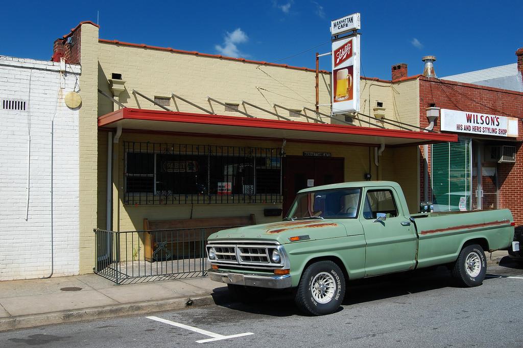 Manhattan Cafe, Athens, GA (Clarke County) 2008