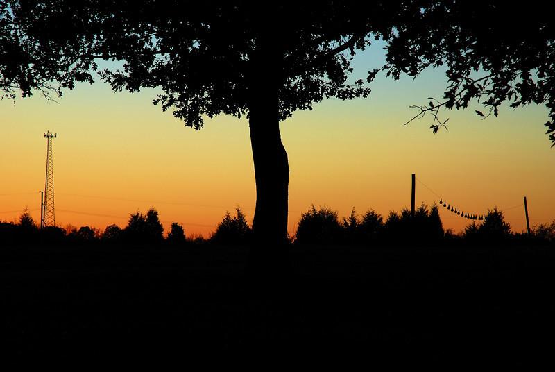 The sun sets at Sandy Creek Park, GA (Clarke County) November 2008