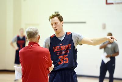 1103-men's basketball practice