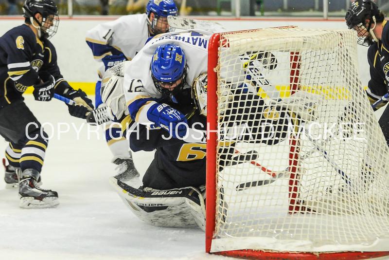 M Hockey v Trinity 12-5-15-0587