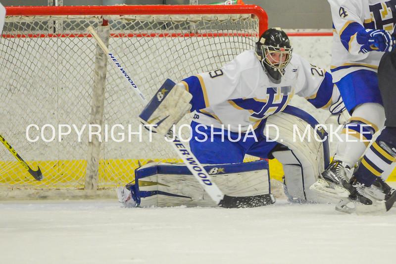 M Hockey v Trinity 12-5-15-0839