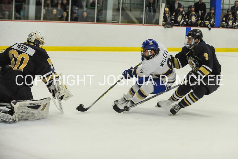 M Hockey v Trinity 12-5-15-0173