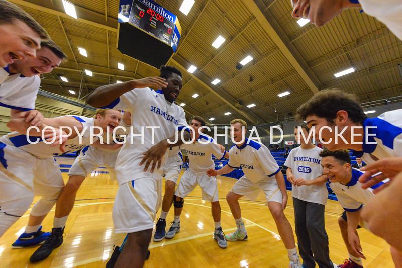 11/27/16 3:01:17 PM Hamilton College Men's Basketball v Oswego in the Hamilton Invitational Championship at Margaret Bundy Scott Field House, Hamilton College, Clinton, NY<br /> <br /> Photo by Josh McKee