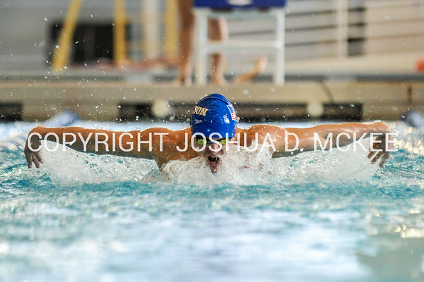 1/21/17 3:18:56 PM Hamilton College Swimming and Diving vs Union College in Bristol Pool, Hamilton College, Clinton, NY <br /> <br /> Photo by Josh McKee
