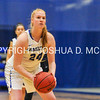 1/28/17 3:15:49 PM Hamilton College Women's Basketball v Middleburg College at Margaret Bundy Scott Field House, Hamilton College, Clinton, NY<br /> <br /> Hamilton won 68-62<br /> <br /> Photo by Josh McKee
