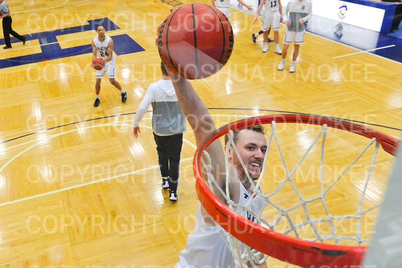 Hamilton College guard Mark Lutz (3)<br /> <br /> 12/8/18 4:56:43 PM Men's Basketball: Elmira College v #4 Hamilton College at Margaret Bundy Scott Field House, Hamilton College, Clinton, NY<br /> <br /> Final: Elmira 67  #4 Hamilton 98<br /> <br /> Photo by Josh McKee