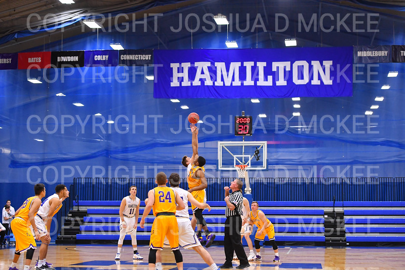 Tip-off, Team<br /> <br /> 12/8/18 4:04:02 PM Men's Basketball: Elmira College v #4 Hamilton College at Margaret Bundy Scott Field House, Hamilton College, Clinton, NY<br /> <br /> Final: Elmira 67  #4 Hamilton 98<br /> <br /> Photo by Josh McKee