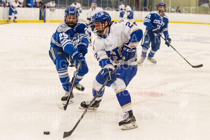 Hamilton College forward Chad Varney (22)<br /> <br /> 1/4/19 7:08:08 PM Men's Hockey:  Colby College v Hamilton College at Russell Sage Rink, Hamilton College, Clinton, NY<br /> <br /> Final:  Colby 2   Hamilton 4<br /> <br /> Photo by Josh McKee