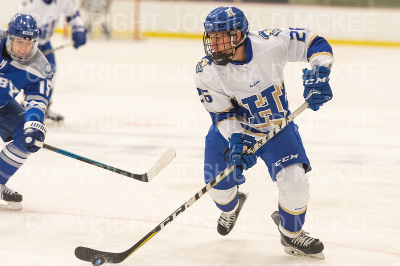 Hamilton College forward Sterling Bray (26)<br /> <br /> 1/4/19 7:09:12 PM Men's Hockey:  Colby College v Hamilton College at Russell Sage Rink, Hamilton College, Clinton, NY<br /> <br /> Final:  Colby 2   Hamilton 4<br /> <br /> Photo by Josh McKee