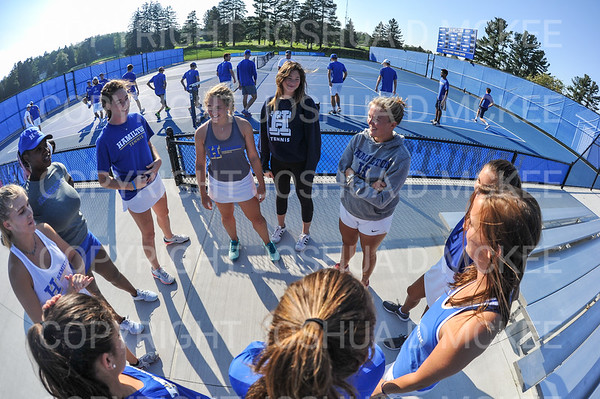 Hamilton College Assistant Coach Hannah Fleckenstein, Team<br /> <br /> 9/21/18 4:39:39 PM Tennis: Practice held at the Tietje Family Tennis Center, Hamilton College, Clinton, NY<br /> <br /> Photo by Josh McKee
